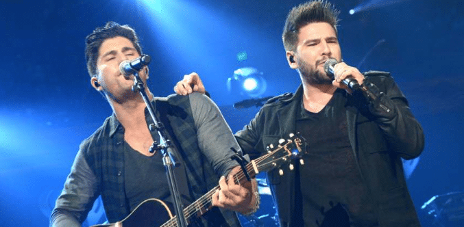 Dan + Shay Show Their Support For Justin Bieber..
