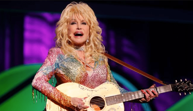 Gab Countdown to Christmas: Dolly Parton