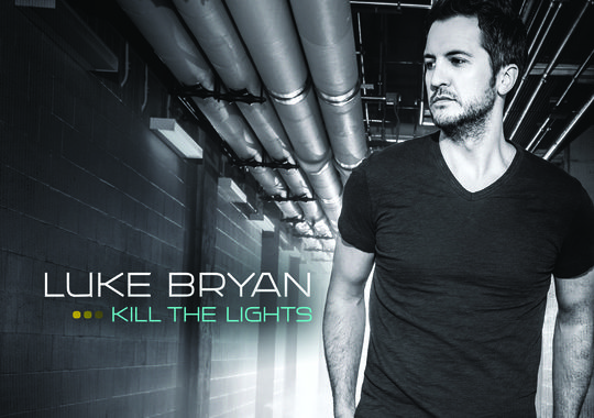 Read more about the article You can now watch Luke Bryan's new lyric video without Tinder