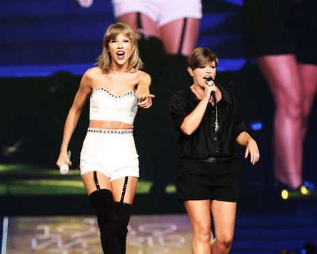 Natalie Maines of The Dixie Chicks resurfaces at a Taylor Swift concert…