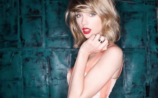 Did Taylor Swift blame label for strict copyrights?