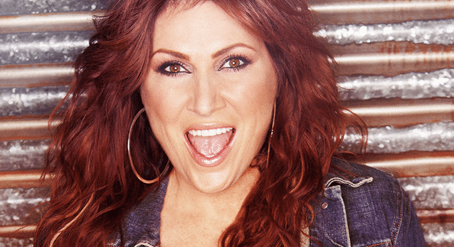 "Jo Dee Messina Takes a ""Holiday"" Break with Sons"