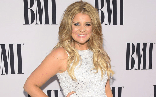 A Certain Boyfriend Has Lauren Alaina in Tears (Watch!)