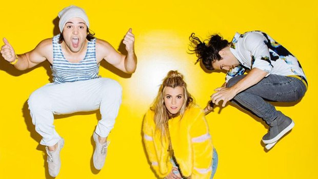 Is the Power Out On The Band Perry's Big Machine?