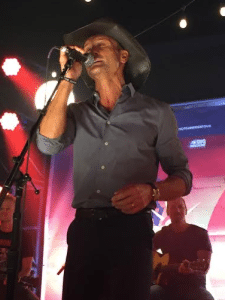 tim-mcgraw-number-1-party