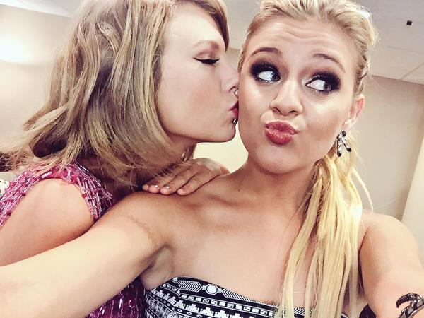 Read more about the article Kelsea Ballerini Is the Snap To Taylor Swift's Pop