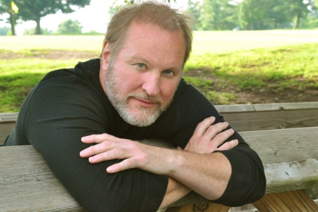 """Read more about the article #FBF Collin Raye's """"Little Rock"""" Will Rock Your World (Listen!)"""