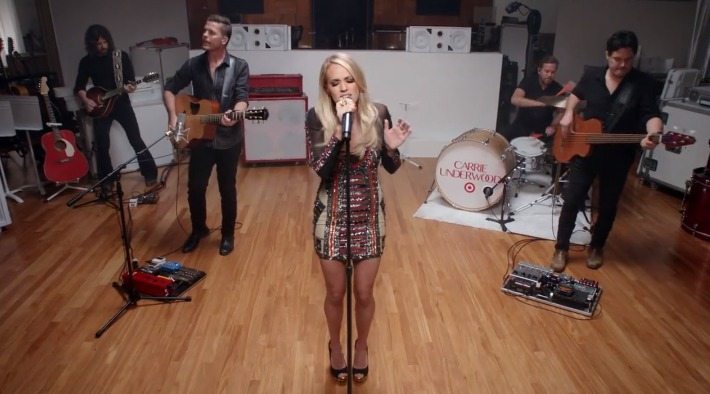 """Watch Carrie Underwood perform new song """"Little Girl Don't Grow Up Too Fast"""""""