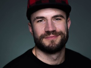 sam hunt beard
