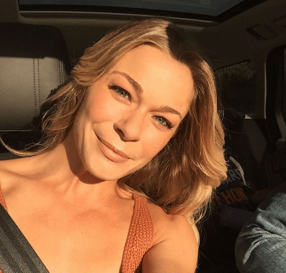LeAnn Rimes asks for prayers after her father is scheduled for open heart surgery