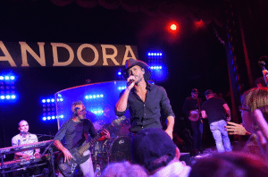 Tim-McGraw-Pandora-NYC