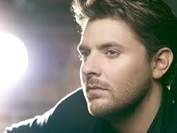 Read more about the article Chris Young fangirls over Chris Stapleton