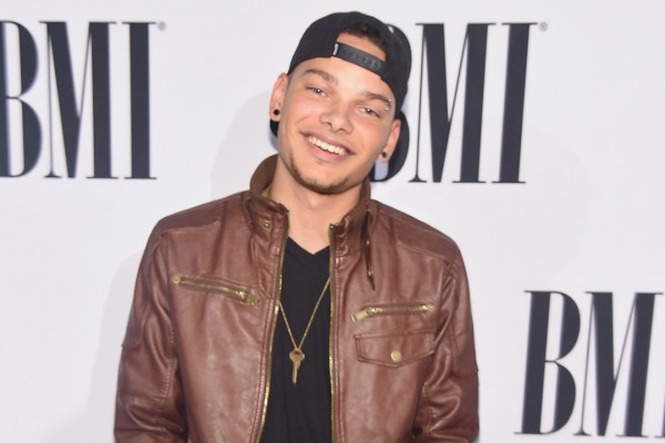 Kane Brown Signs With Sony Nashville