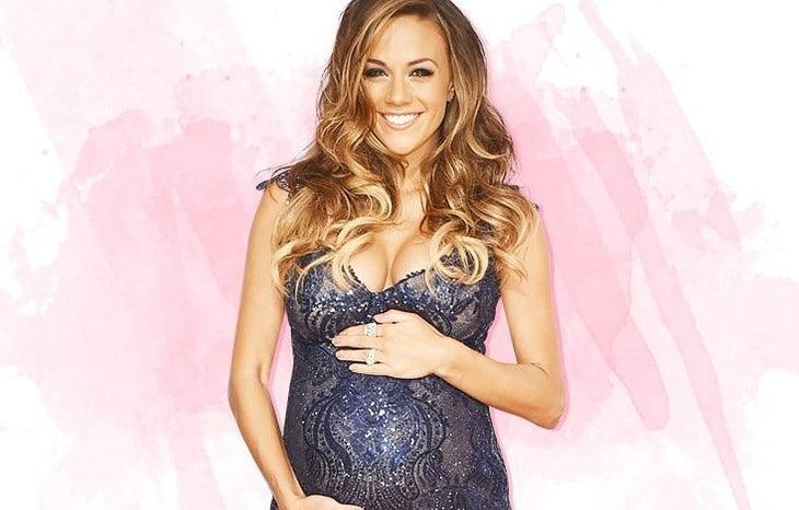 Read more about the article Diary of a Mad Pregnant Woman: Starring Jana Kramer