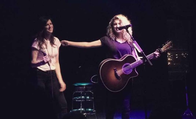 """Read more about the article We've Got a """"Girl Crush"""" on This Karen Fairchild and Tori Kelly Performance"""