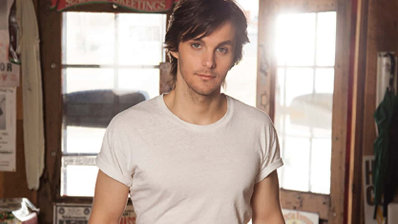 It's Official: Charlie Worsham is the Coolest Guy in Country Music