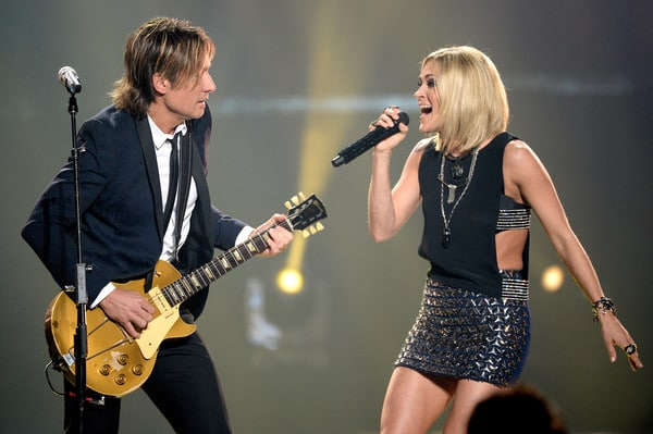 Read more about the article Carrie Underwood To Join Keith Urban's Ripcord Tour