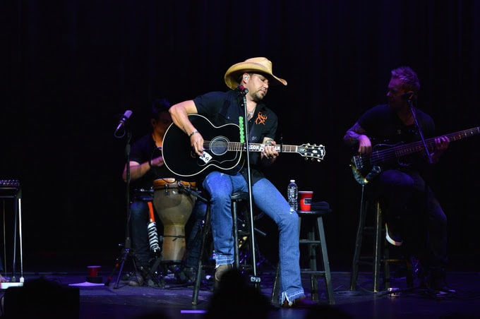 Jason Aldean raises big money for hometown hospital