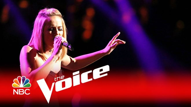 """Mary Sarah Shows Amazing Grace As She Exits """"The Voice"""" Stage"""