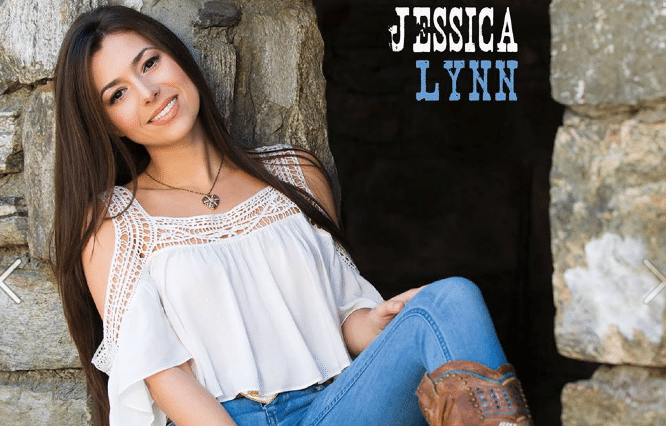 Read more about the article Jessica Lynn's EP Will Take You Back In Time & Give You A Glimpse Of The Future