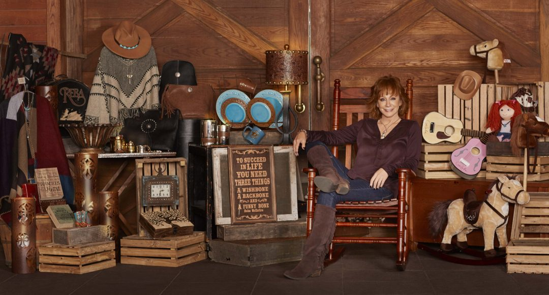 Reba Announces New Christmas Album and Partnership with Cracker Barrel
