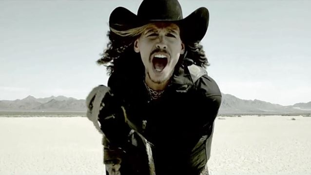 Read more about the article Steven Tyler tune picked as new PBR anthem