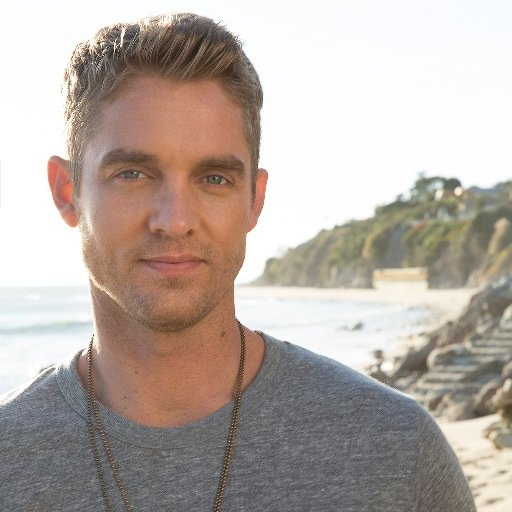 Who does Brett Young fan boy over?