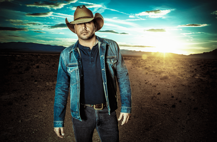 Jason Aldean Makes a House Call To a Lucky Fan
