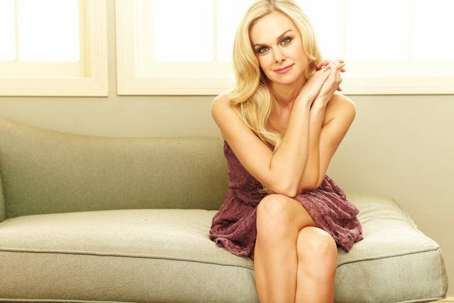 "Laura Bell Bundy to Appear In Season 2 of ""Fuller House"""