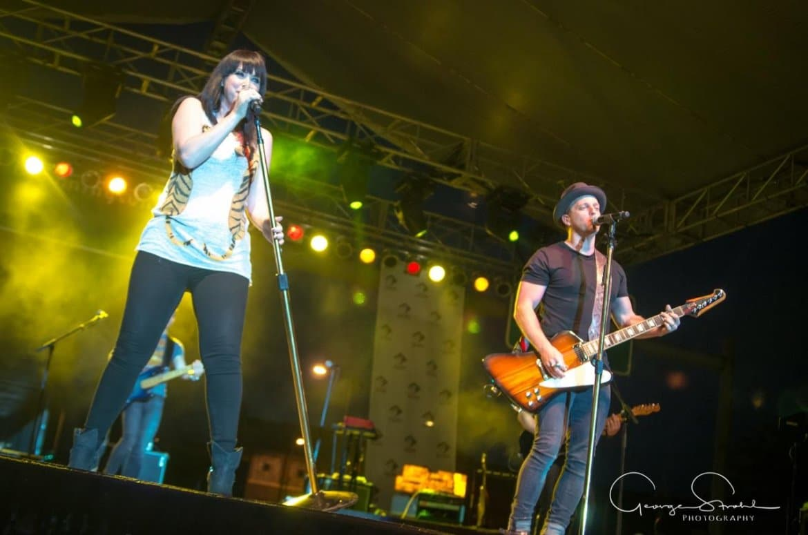 Read more about the article Gab review: Thompson Square rocks Decatur, Illinois