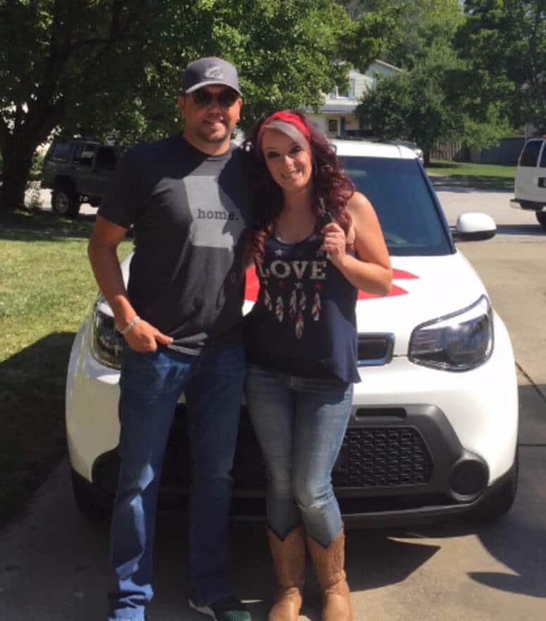 Jason Aldean surprises fan with new car