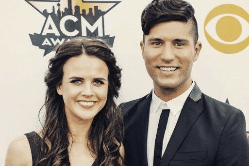 Read more about the article Dan + Shay's Dan Smyers is Engaged