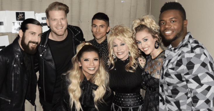 """Read more about the article Watch Pentatonix Join Forces with Dolly Parton and Miley Cyrus for """"Jolene"""""""