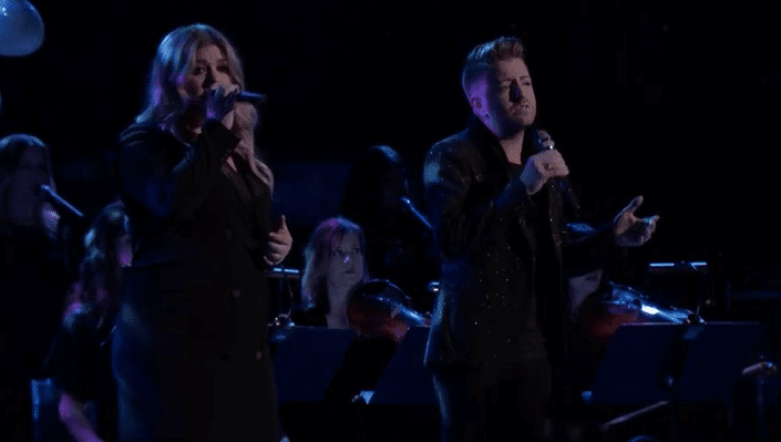 """Billy Gilman and Kelly Clarkson Perform """"It's Quiet Uptown"""" on The Voice Finale"""