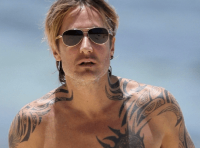 keith-urban-shirtless