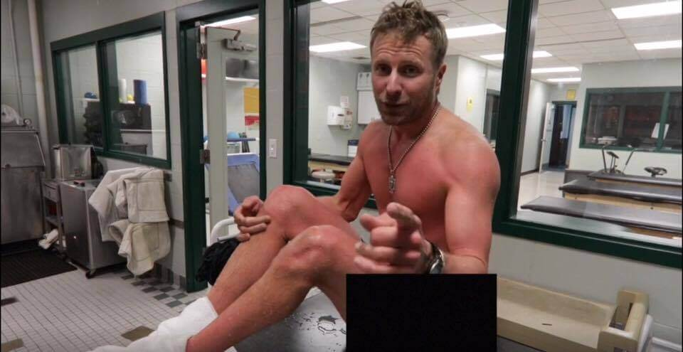 Dierks Bentley is Naked and Cold Because Why Not?