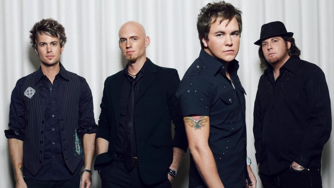 Read more about the article Eli Young Band's Bus Catches Fire