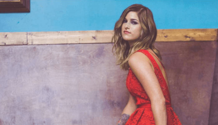 Read more about the article Cassadee Pope to Perform on Hallmark Channel