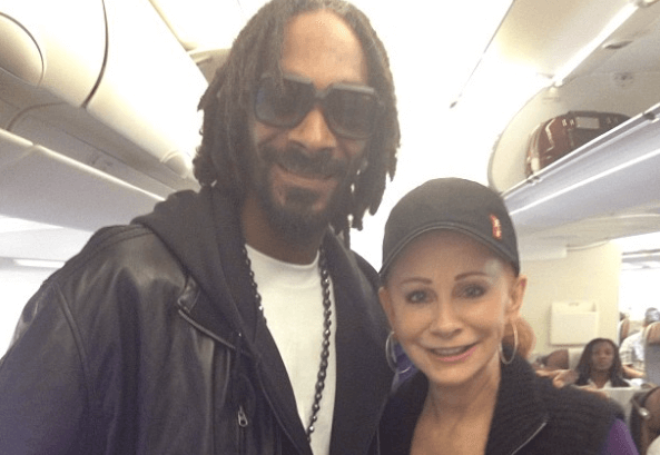 Read more about the article Times Snoop Dogg Was More Country Than Some Country Artists…