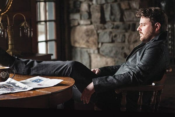 """Chris Young Celebrates Ninth No. 1 Hit Song with """"Sober Saturday Night"""""""