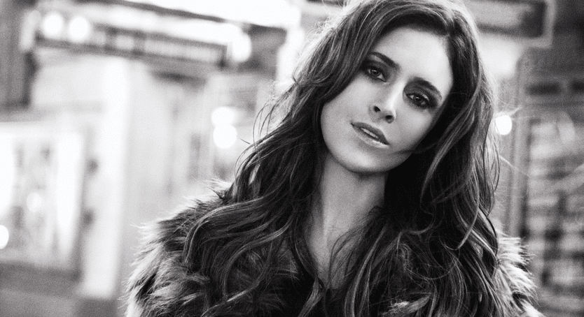 "Song We're Gabbing About: Kelleigh Bannen's ""Church Clothes"""