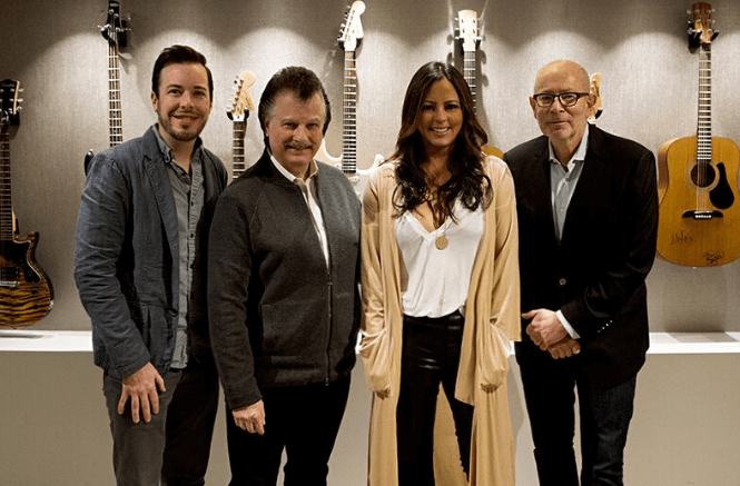 Sara Evans Launches Born to Fly Records