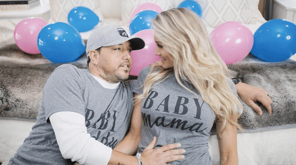 It's a _______ for Jason and Brittany Aldean!