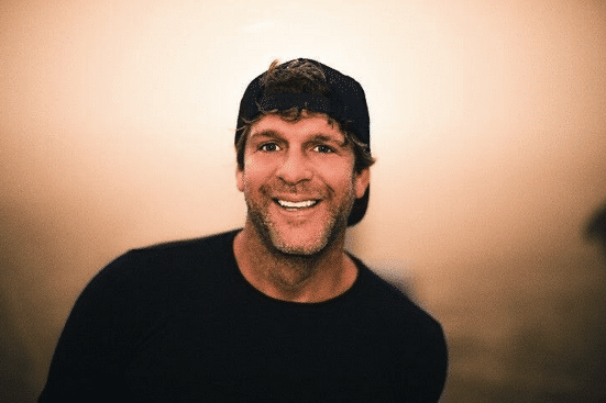 Billy Currington Grabs 12th Career #1