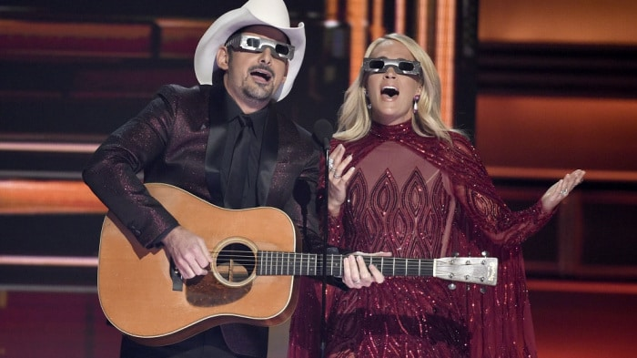 Read more about the article Brad Paisley and Carrie Underwood Get Politically Comedic at CMA Awards