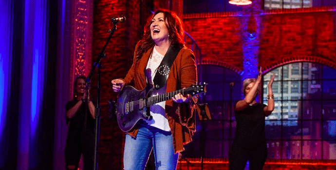 "Jo Dee Messina World Premieres New Song ""Bigger Than This"""