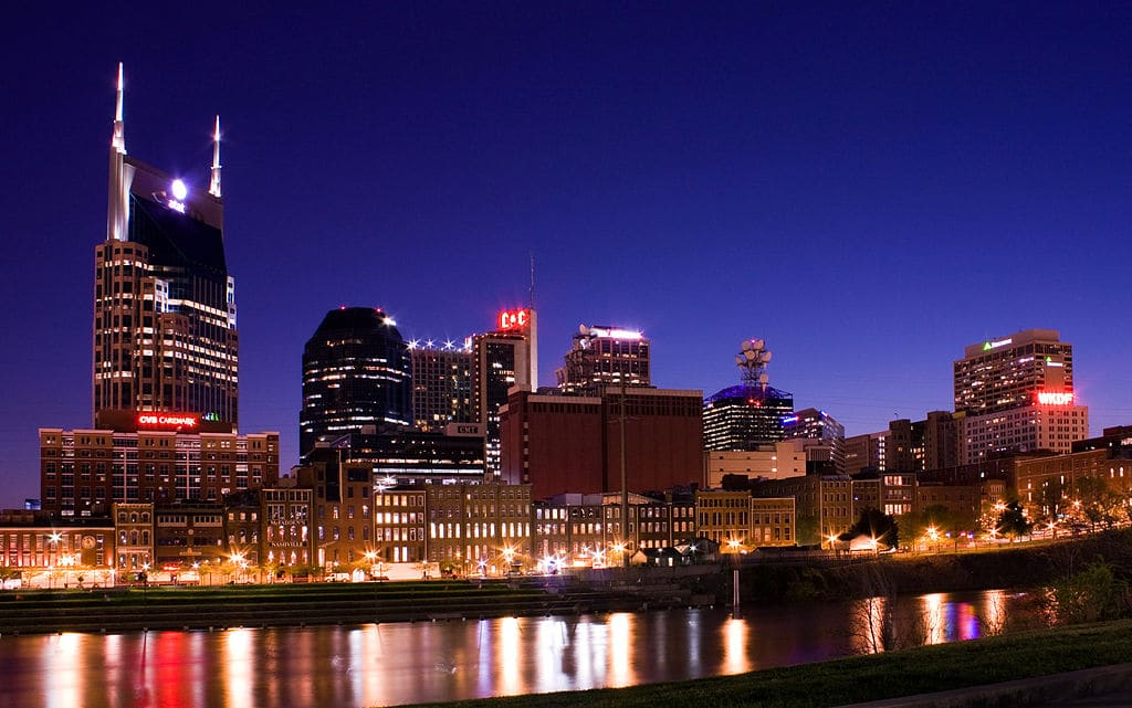 Top 5 Romantic things to do for Couples in Nashville