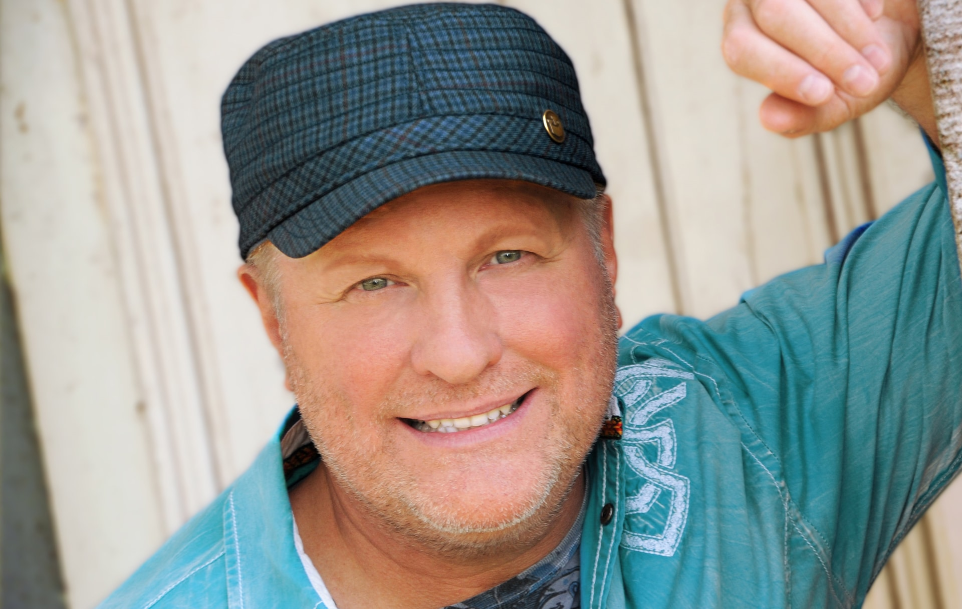 Collin Raye Performs His Hits and Celebrates His Birthday In Nashville