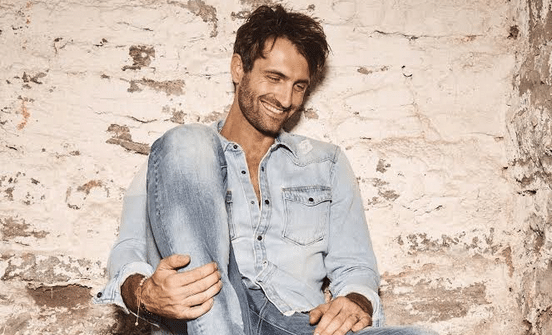 Read more about the article Gab Exclusive: Ryan Hurd Shares The Secret to Songwriting Success