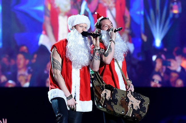 Read more about the article Holiday Gift Guide for Nashville Country Fans